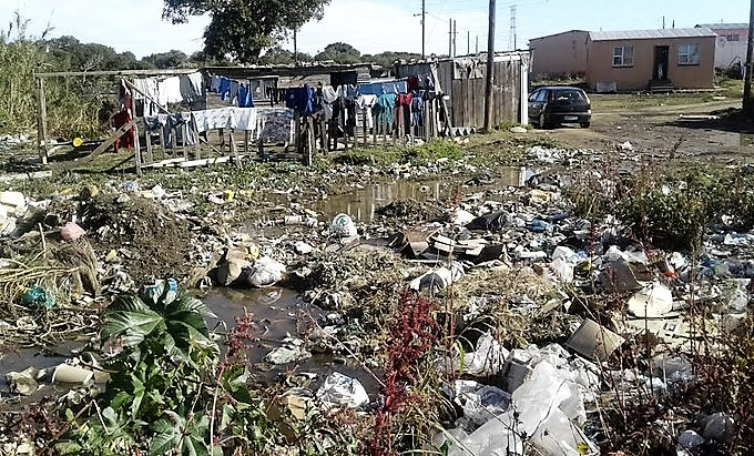 Sewer conditions by residential property in South Africa